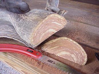 Cắt gỗ sao cho phần gốc thật phẳng