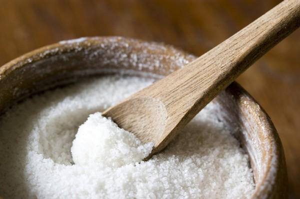 Diệt ốc sên bằng muối